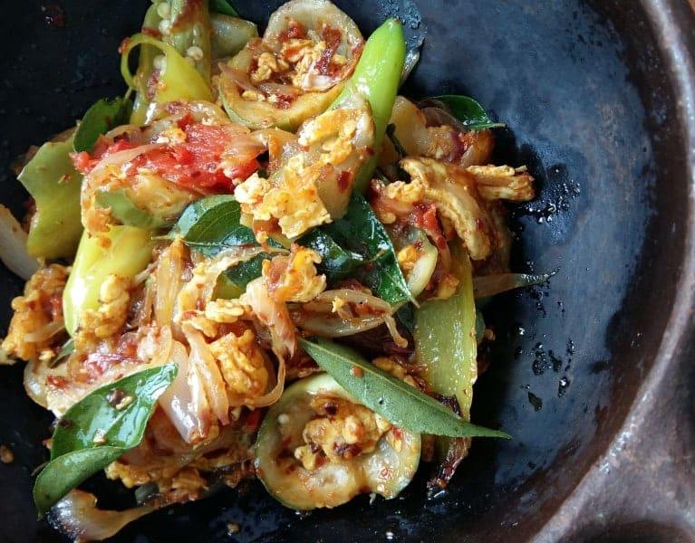 Thai egg plant curry(ela batu curry)-islandsmile.org