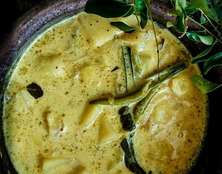 creamy potato curry image.