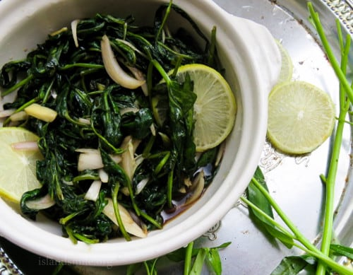 Easy Kangkung in Garlic and Soya sauce