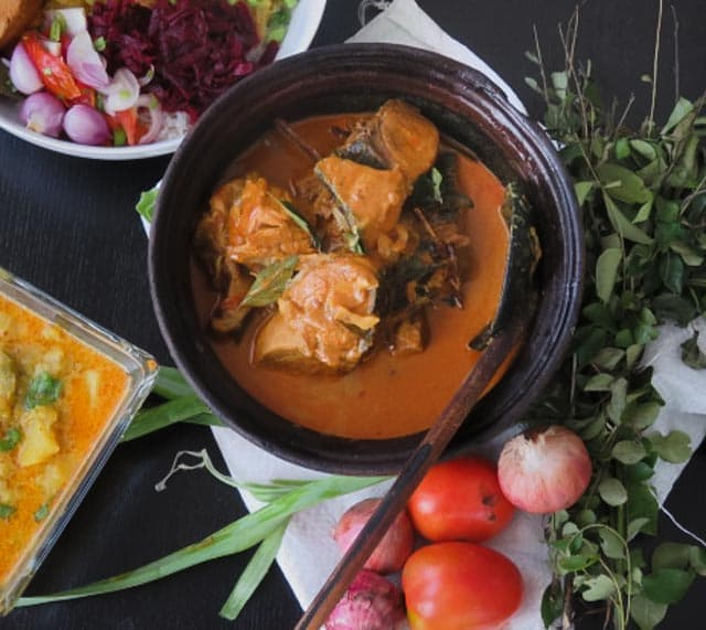 A Srilankan fish curry cooked in a rich, thick gravy made from Coconut milk infused with Tamarind juice. the spices balances the natural flavors, making it perfect for lunch with Rice or a light dinner with bread.-