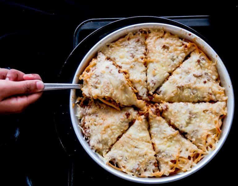 Deep dish pizza spaghetti bake2-4748