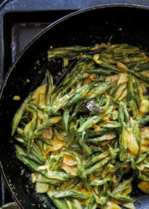 String-bean-curry-with-Turmeric-and-Coconut-milk-(Sri Lankan)-islandsmile.