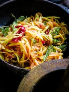 Easy spicy Papaya salad(vegan, vegetarian)-islandsmile.org