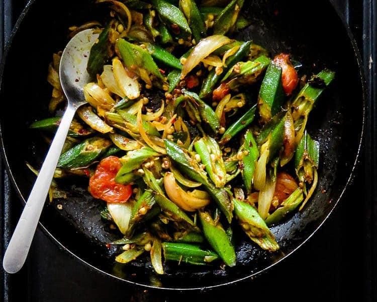stir-fried ladies-fingers-okra(sri lankan)-islandsmile.org