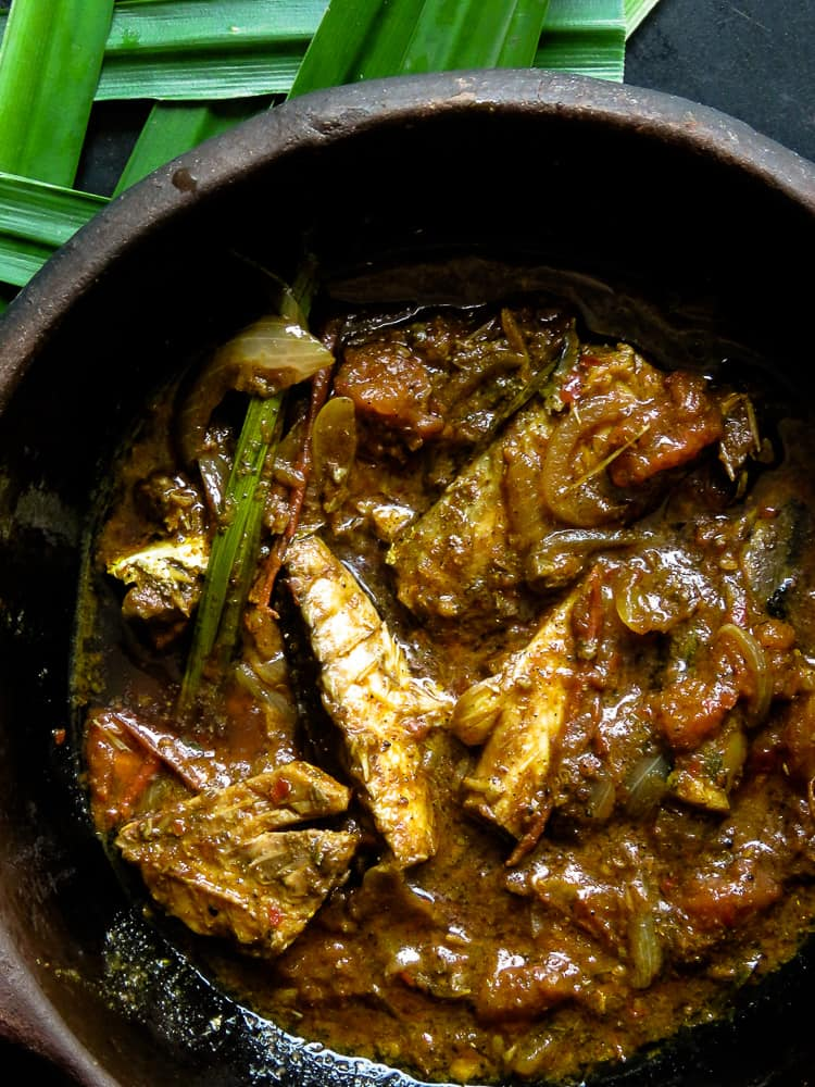 How to make a Sri Lankan canned fish curry-islandsmile.org