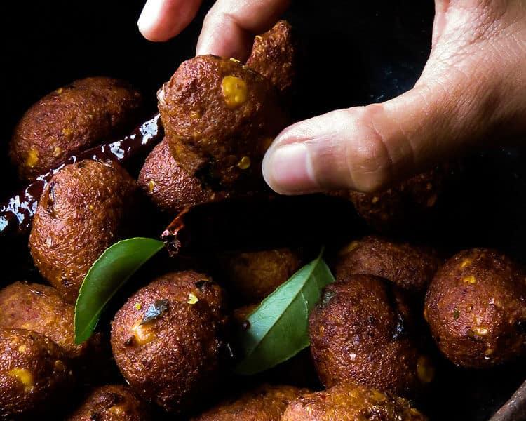 spicy lentil fritters(sri lankan parippu vadai)-islandsmile.org